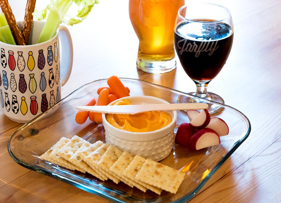 Hall's Snappy Beer Cheese platter at Jarfly Brewing Company